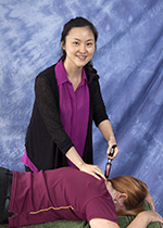 chiropractor Activator technique
